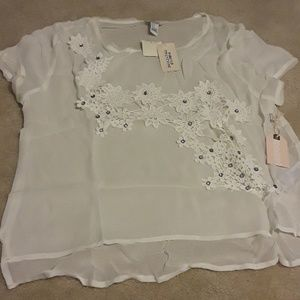 NWT rhinestone embroidered high-low top size Large